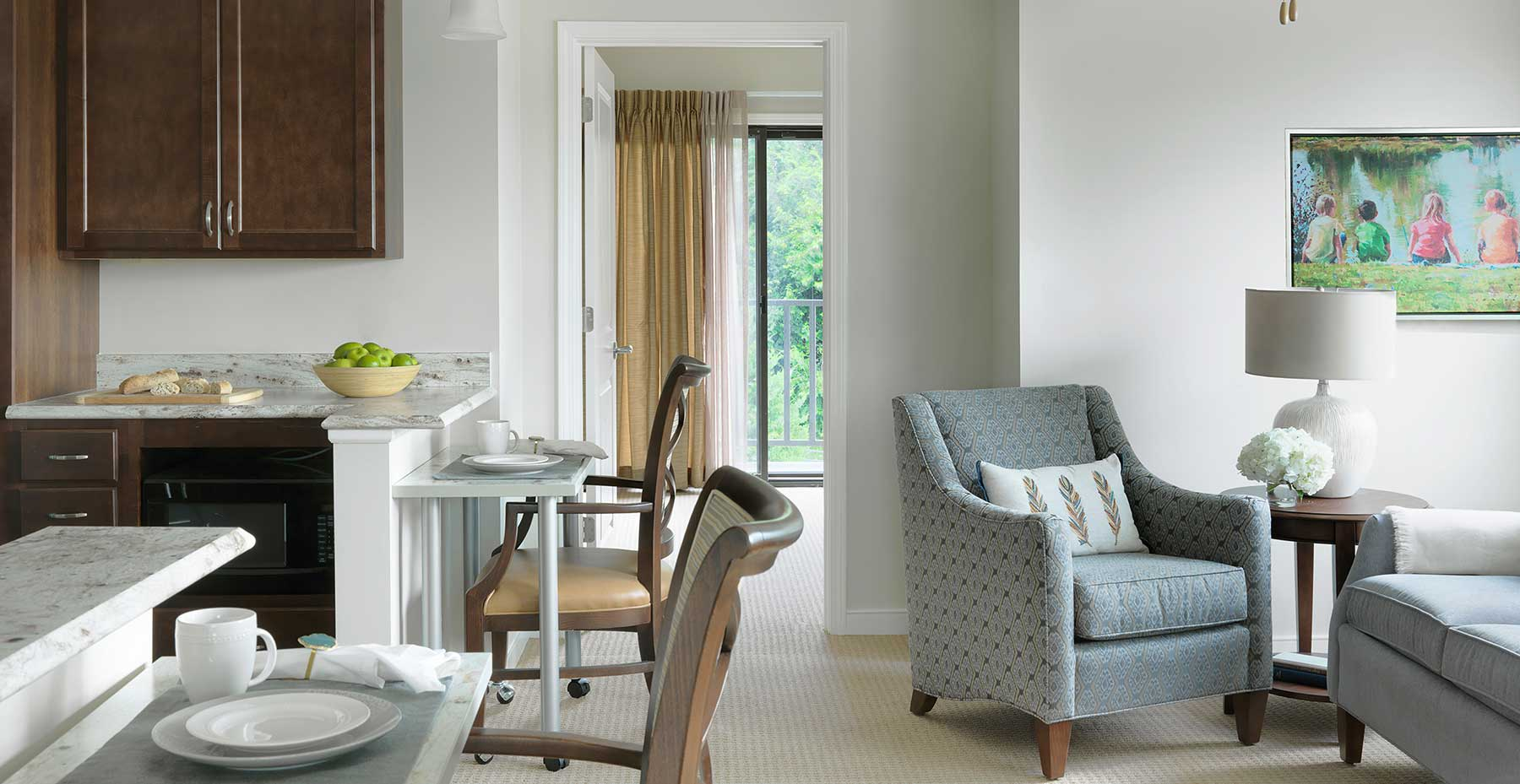 An apartment living room at Kingswood Senior Living Located in Kansas City, MO.