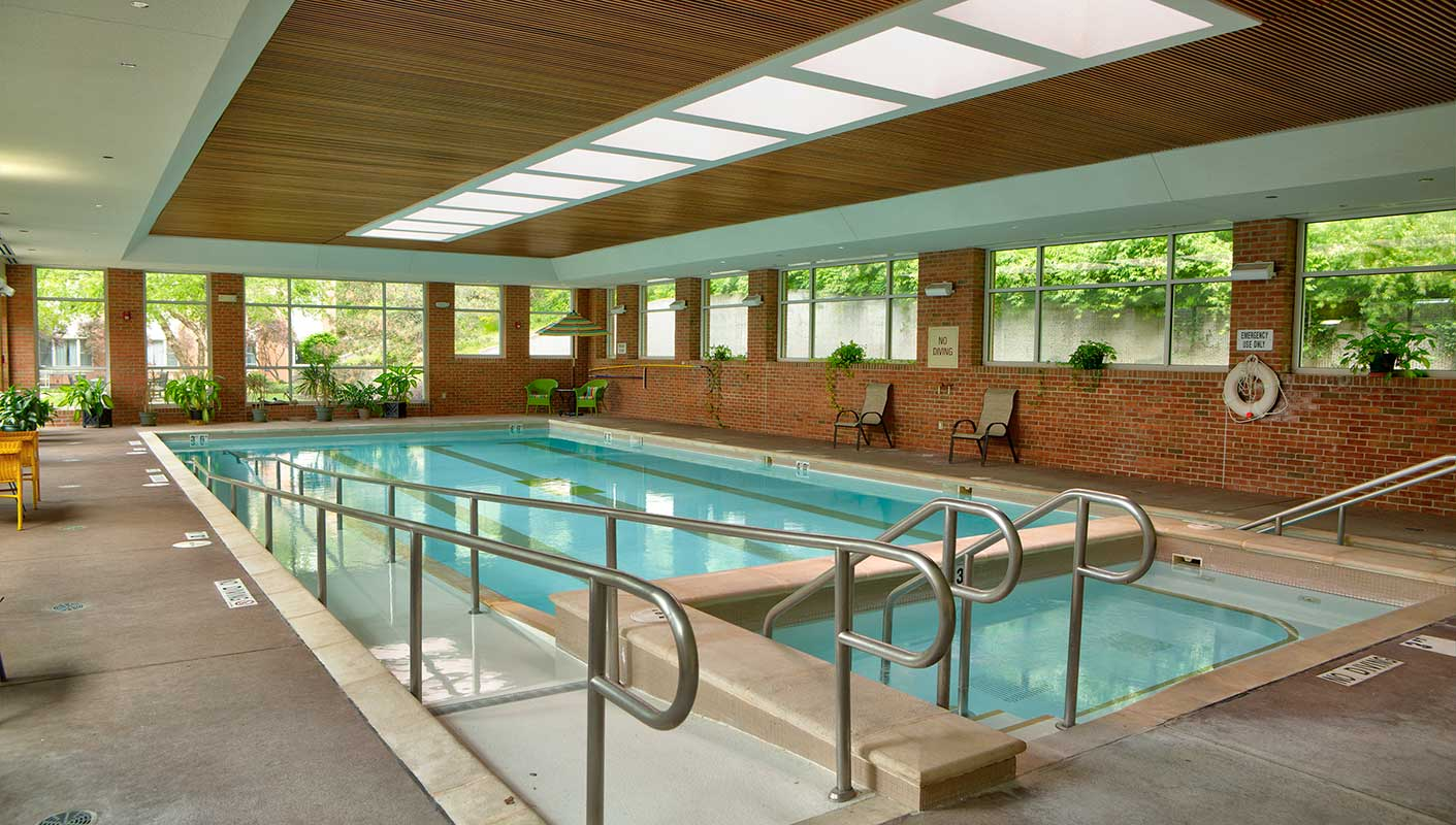 The pool at Kingswood Senior Living Located in Kansas City, MO.