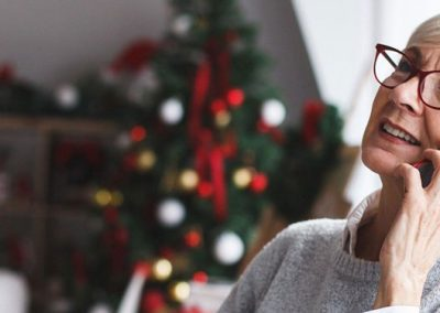 A Move to Senior Living Helps to Combat Senior Holiday Loneliness